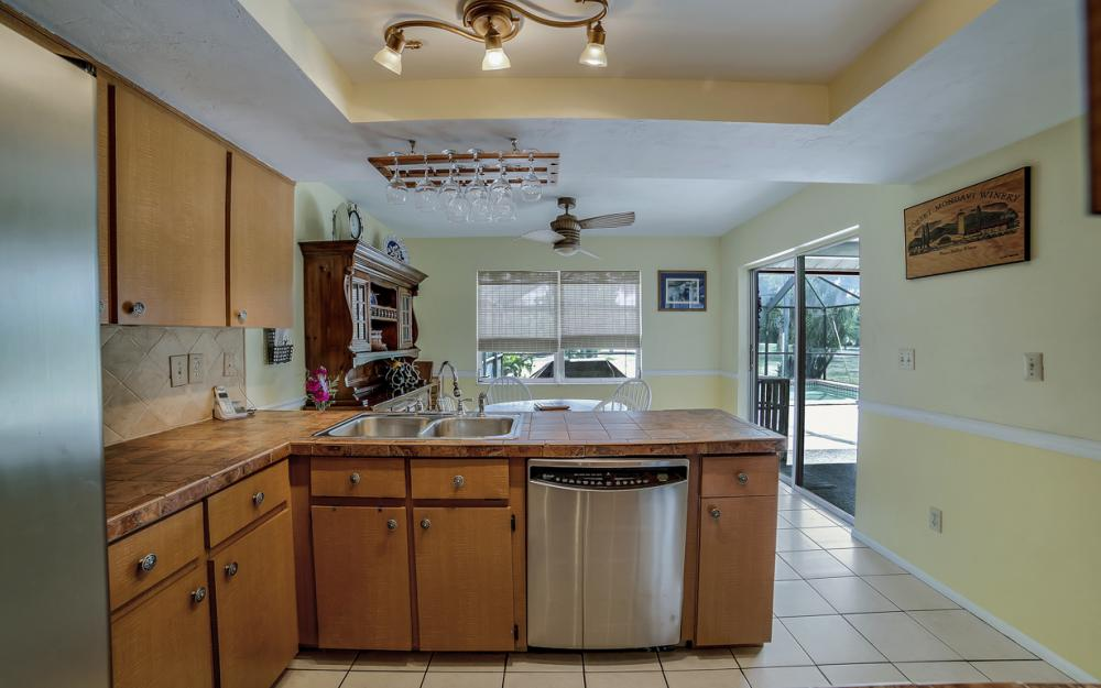 2716 44th St SW, Naples - Home For Sale 863287720