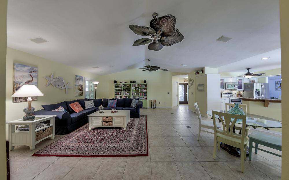2814 SW 37th Ter, Cape Coral - Home For Sale 2000040942