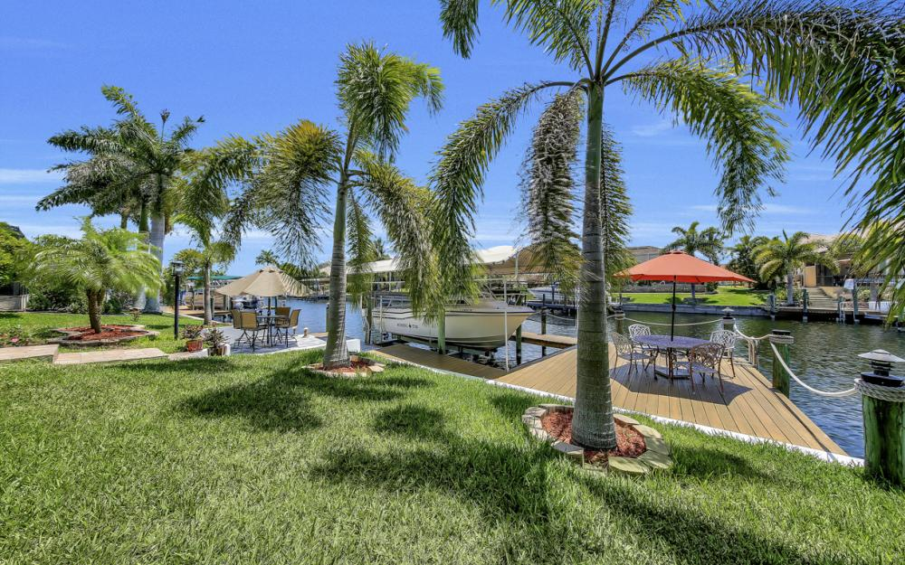 2814 SW 37th Ter, Cape Coral - Home For Sale 457799769