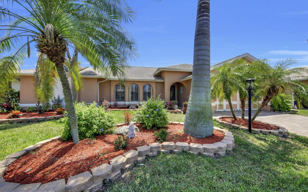 2814 SW 37th Ter, Cape Coral - Home For Sale 856838167