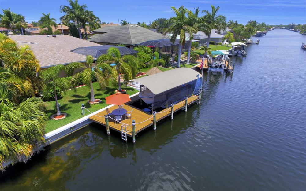 2814 SW 37th Ter, Cape Coral - Home For Sale 904239129