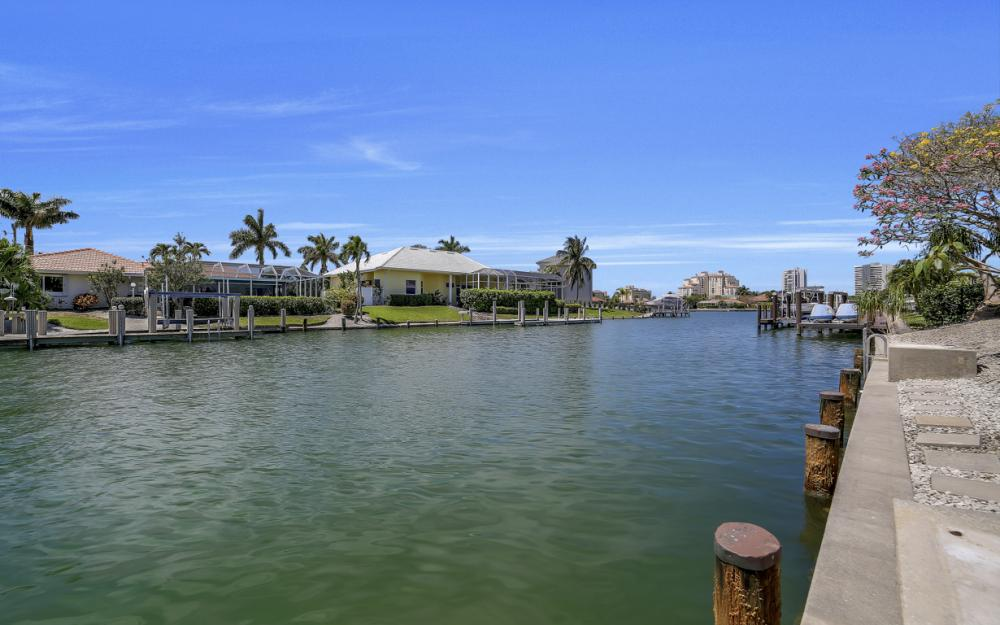 1031 Dill Ct, Marco Island - Home For Sale 1948858610
