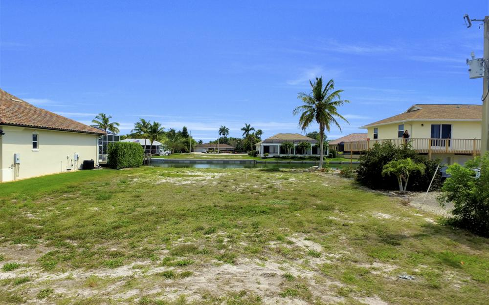 1053 Cottonwood Ct, Marco Island - Lot For Sale 354520531