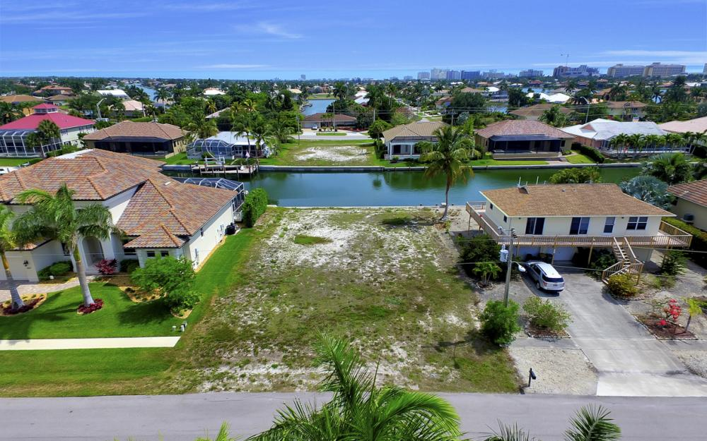 1053 Cottonwood Ct, Marco Island - Lot For Sale 357166311