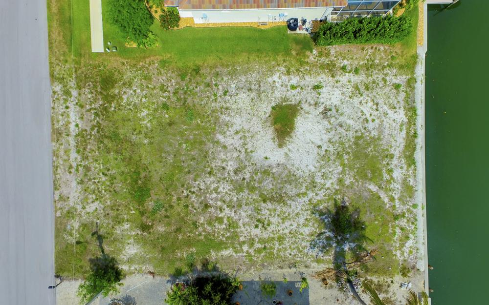 1053 Cottonwood Ct, Marco Island - Lot For Sale 1358885041
