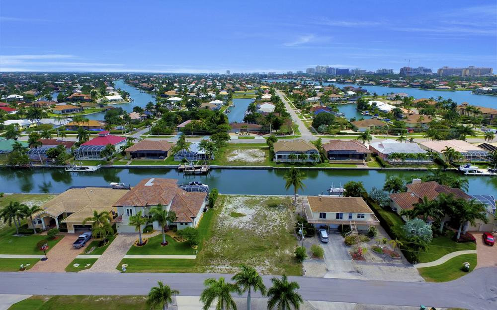 1053 Cottonwood Ct, Marco Island - Lot For Sale 1970403015