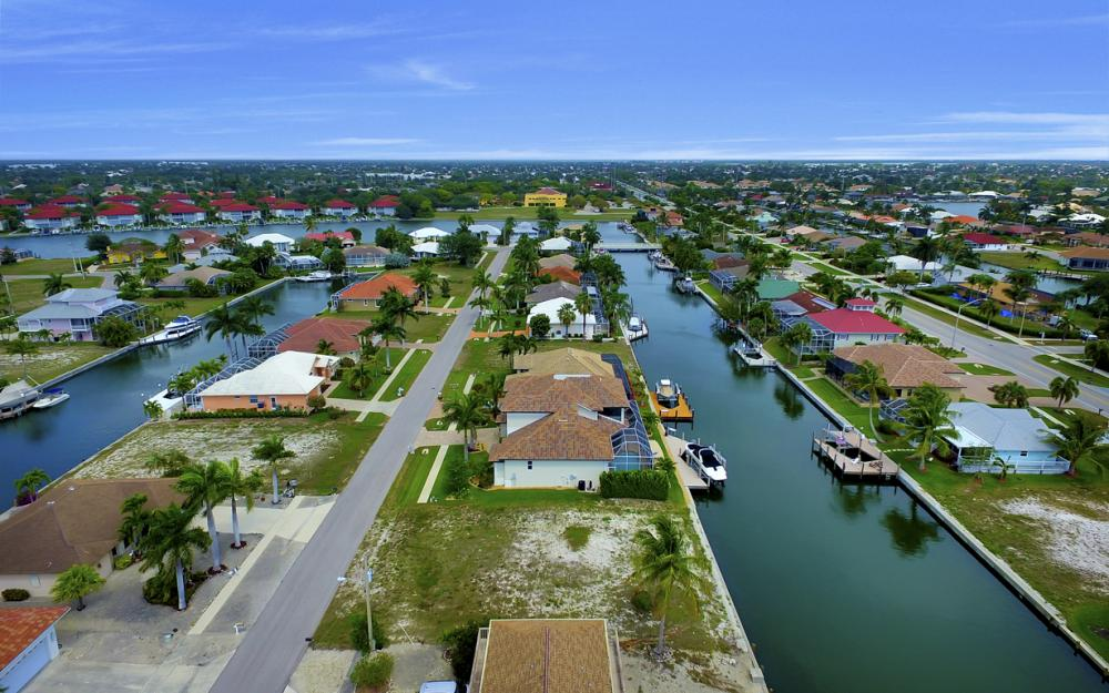 1053 Cottonwood Ct, Marco Island - Lot For Sale 222407636