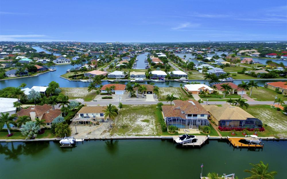 1053 Cottonwood Ct, Marco Island - Lot For Sale 1921677290