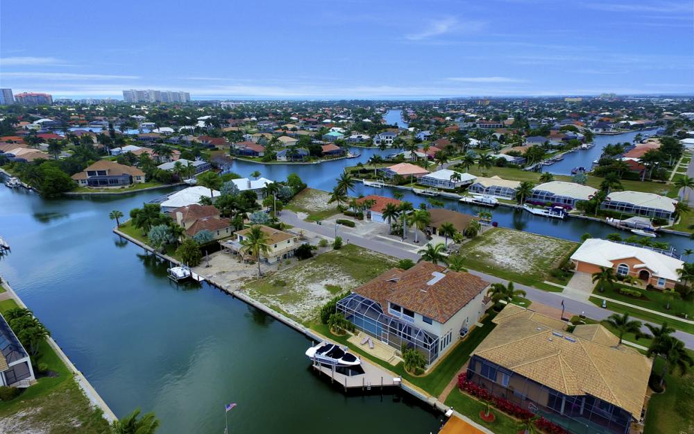1053 Cottonwood Ct, Marco Island - Lot For Sale 746667023