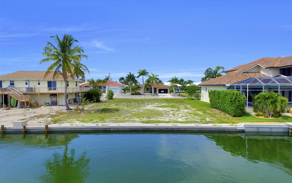 1053 Cottonwood Ct, Marco Island - Lot For Sale 1044571937
