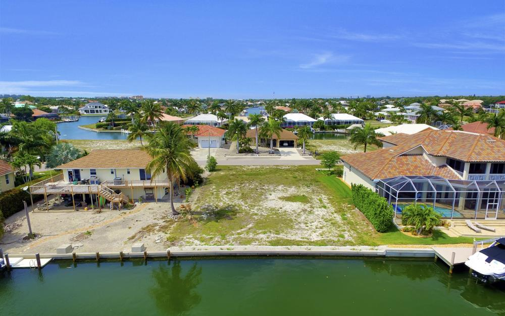1053 Cottonwood Ct, Marco Island - Lot For Sale 322664277