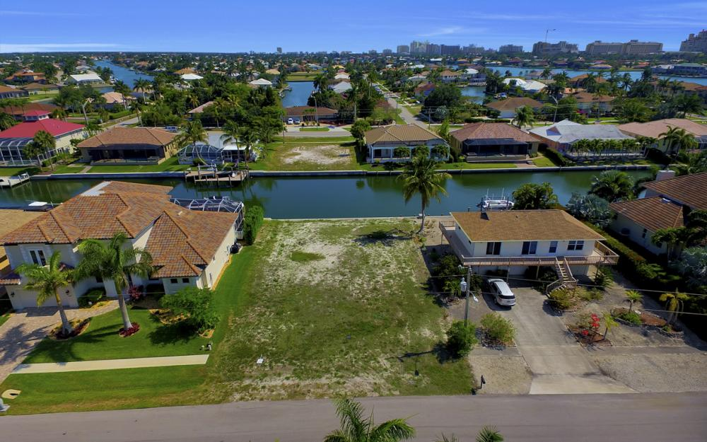 1053 Cottonwood Ct, Marco Island - Lot For Sale 1275665361