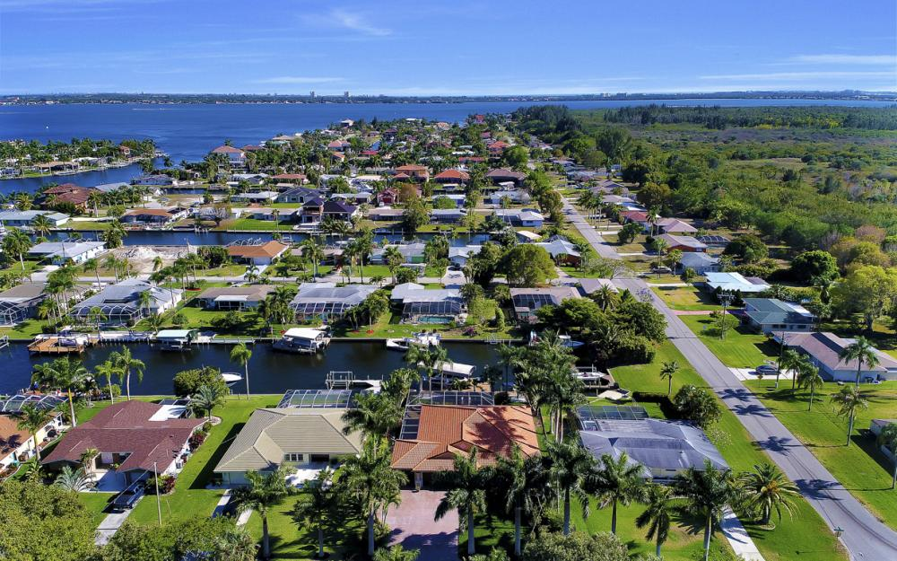 136 El Dorado Pkwy W, Cape Coral - Home For Sale 1418300012