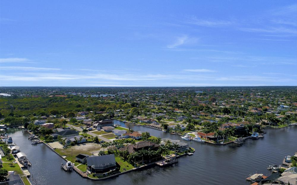 136 El Dorado Pkwy W, Cape Coral - Home For Sale 1269423655