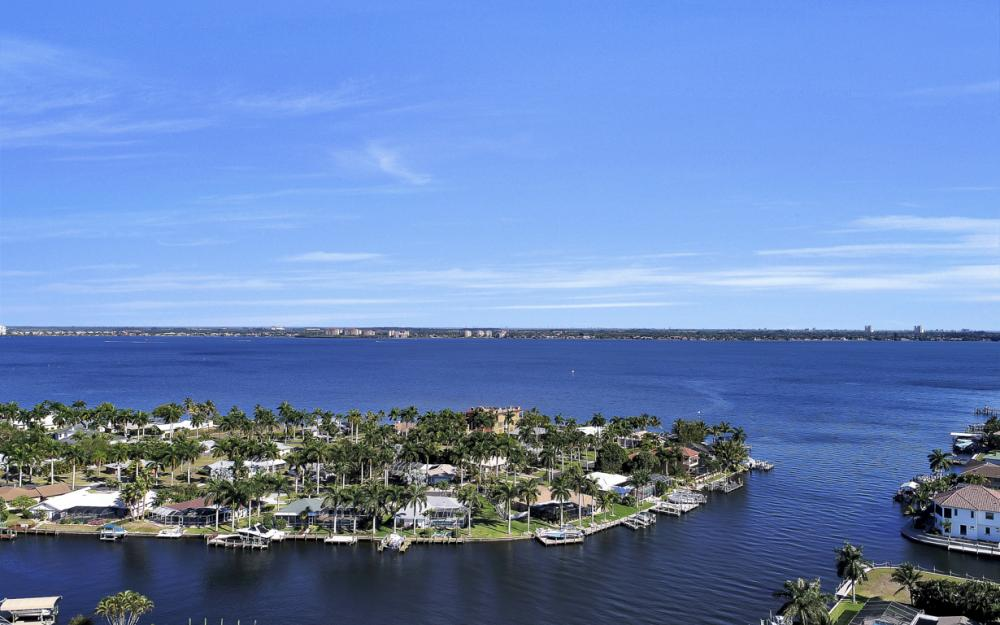 136 El Dorado Pkwy W, Cape Coral - Home For Sale 1126722427