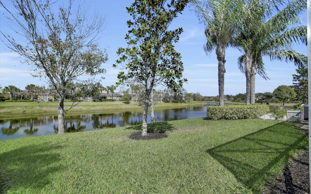 15460 Orlanda Dr, Bonita Springs - Home For Sale 669037562
