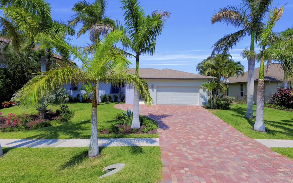 839 Rose Ct, Marco Island - Home For Sale 265513099