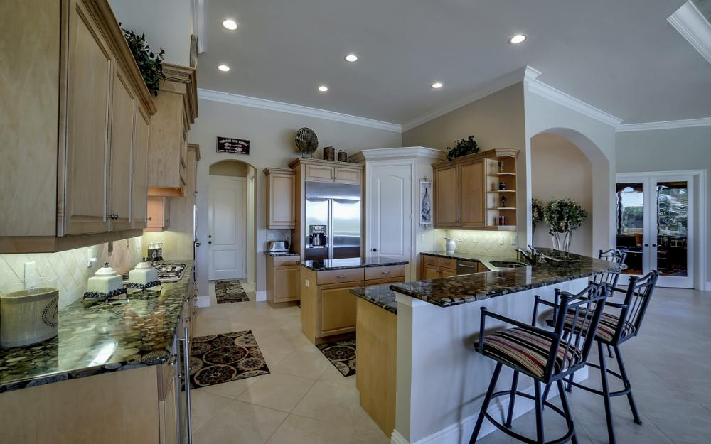 6680 Mossy Glen Dr, Fort Myers - Home For Sale 1996221610