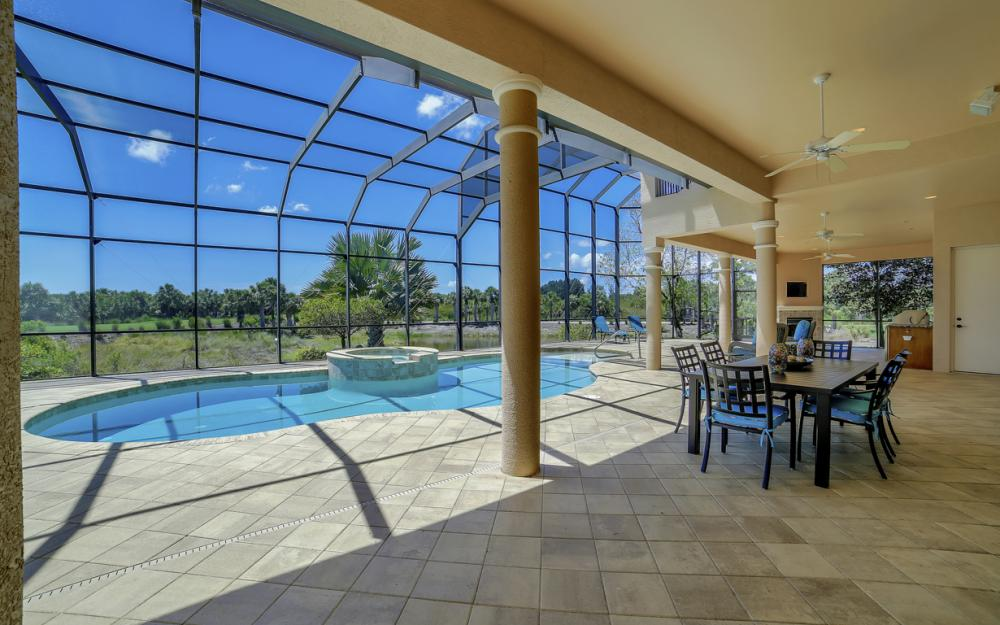 6680 Mossy Glen Dr, Fort Myers - Home For Sale 1078232257