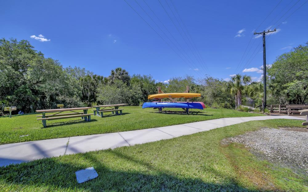 6680 Mossy Glen Dr, Fort Myers - Home For Sale 296521895