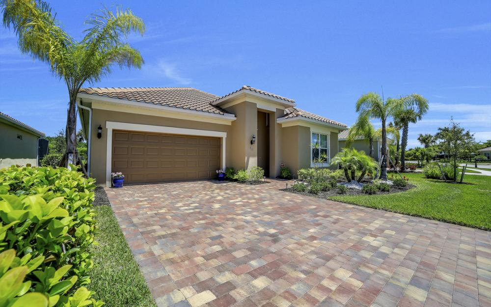 9101 Siesta Bay Dr, Naples - Home For Sale 1006734810