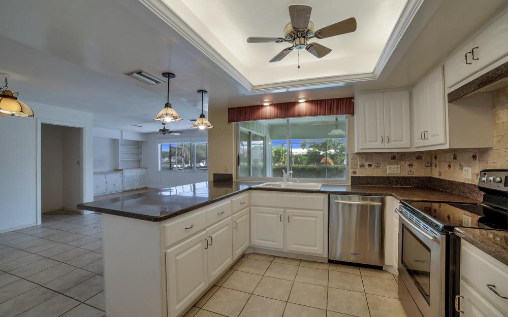 13864 Sleepy Hollow Ln, Fort Myers - Home For Sale 687588562