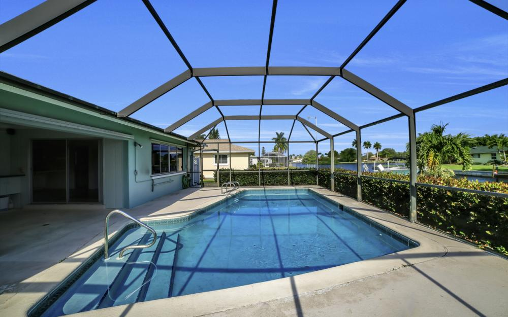 13864 Sleepy Hollow Ln, Fort Myers - Home For Sale 1315318133