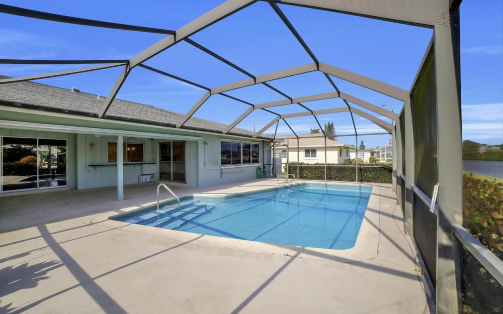 13864 Sleepy Hollow Ln, Fort Myers - Home For Sale 1802128412