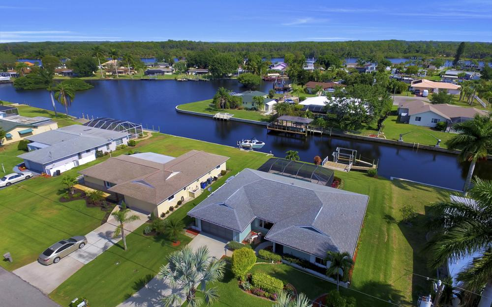 13864 Sleepy Hollow Ln, Fort Myers - Home For Sale 1289361540
