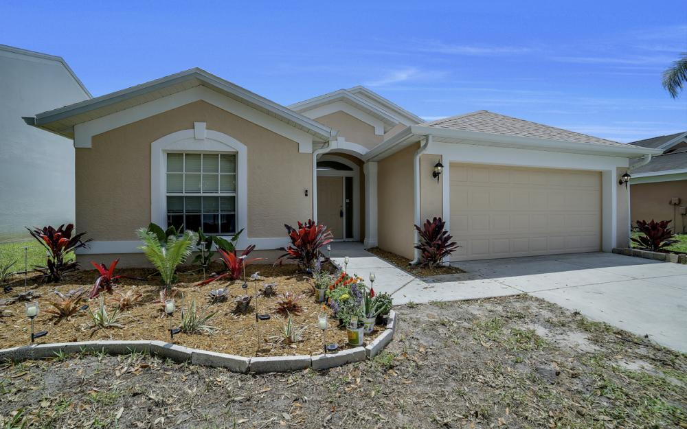 13246 Highland Chase Pl, Fort Myers - Home For Sale 1705326296