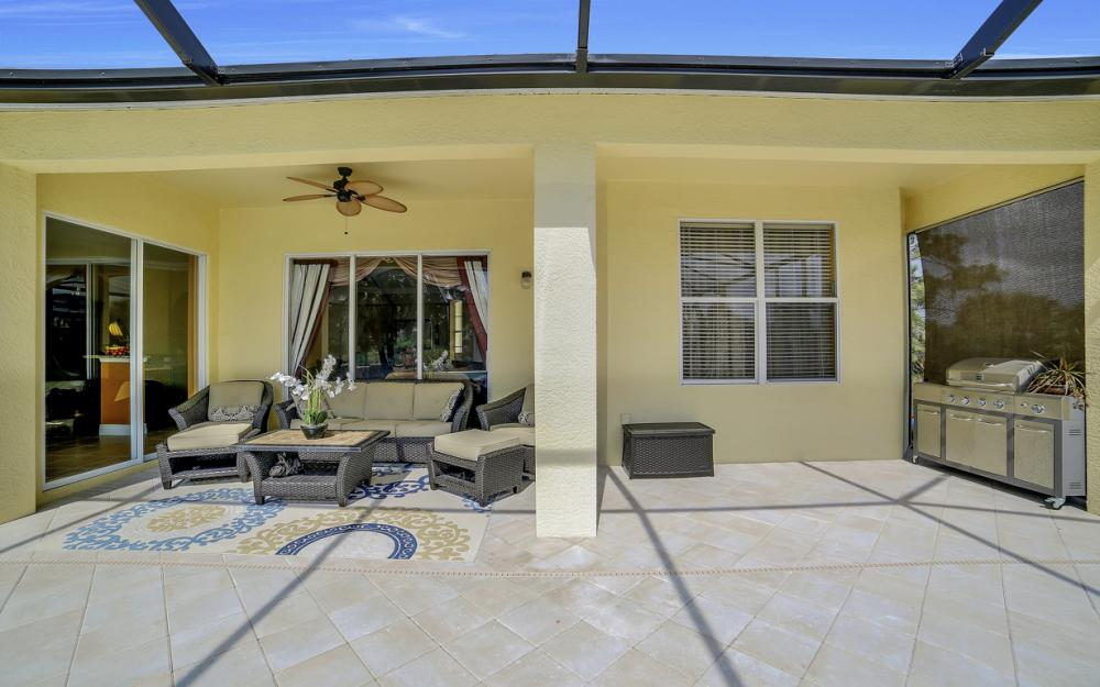 4530 8th St NE, Naples - Home For Sale 1093590287
