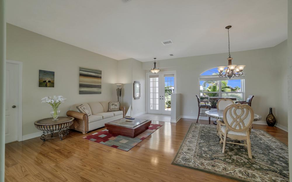 3724 SW 5th St, Cape Coral - Home For Sale 1449579583