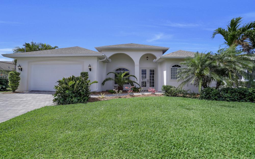 3724 SW 5th St, Cape Coral - Home For Sale 546493722