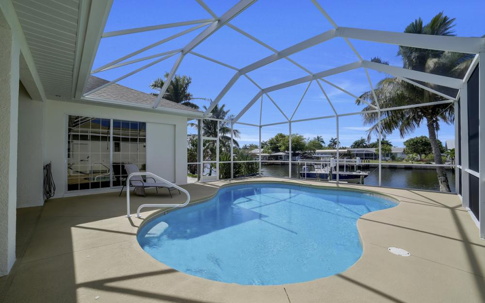 3724 SW 5th St, Cape Coral - Home For Sale 215706057