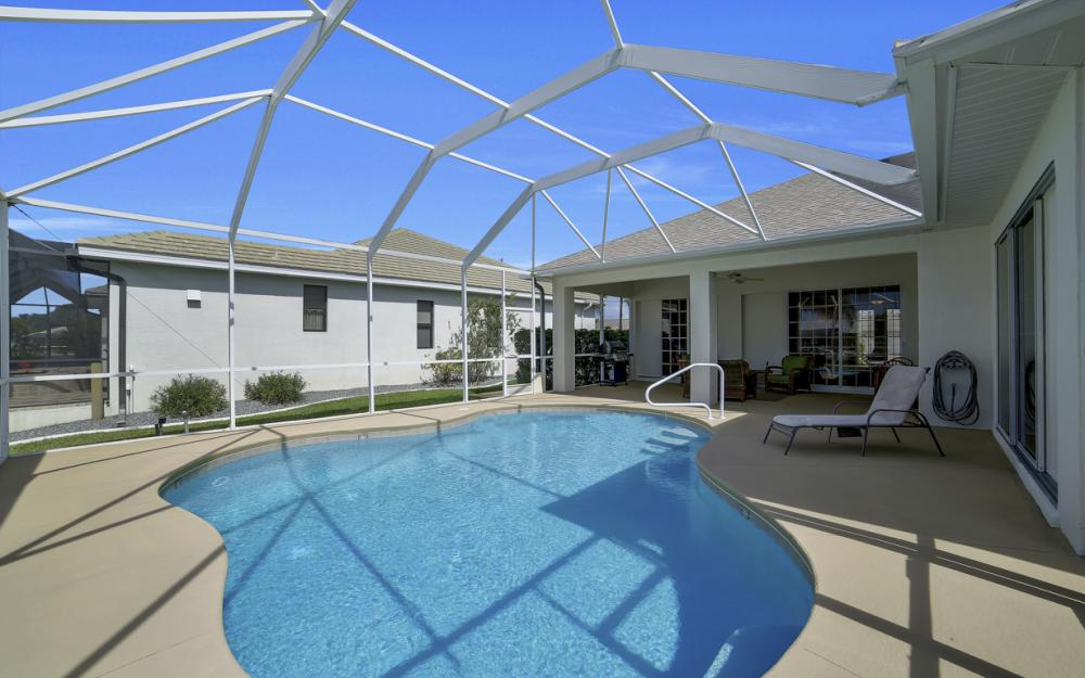 3724 SW 5th St, Cape Coral - Home For Sale 895102738