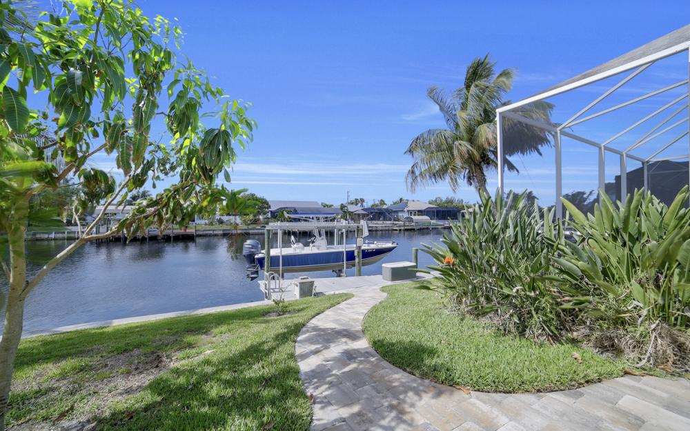 3724 SW 5th St, Cape Coral - Home For Sale 1406015113