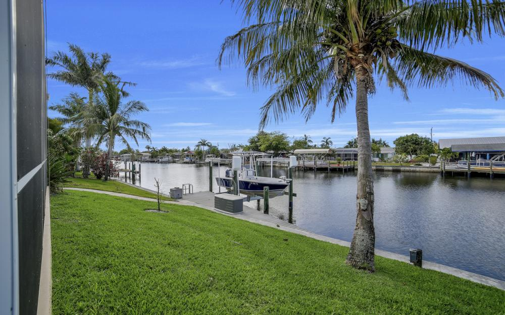 3724 SW 5th St, Cape Coral - Home For Sale 1199088027