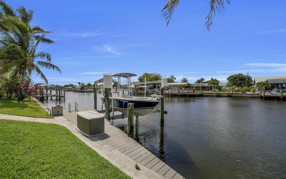3724 SW 5th St, Cape Coral - Home For Sale 159037919