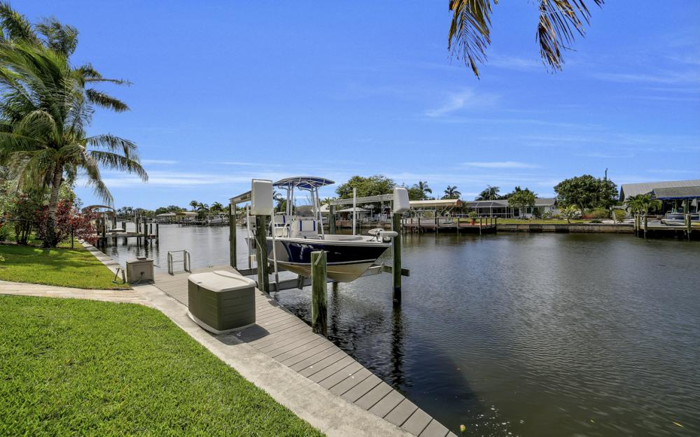 3724 SW 5th St, Cape Coral - Home For Sale 626011675
