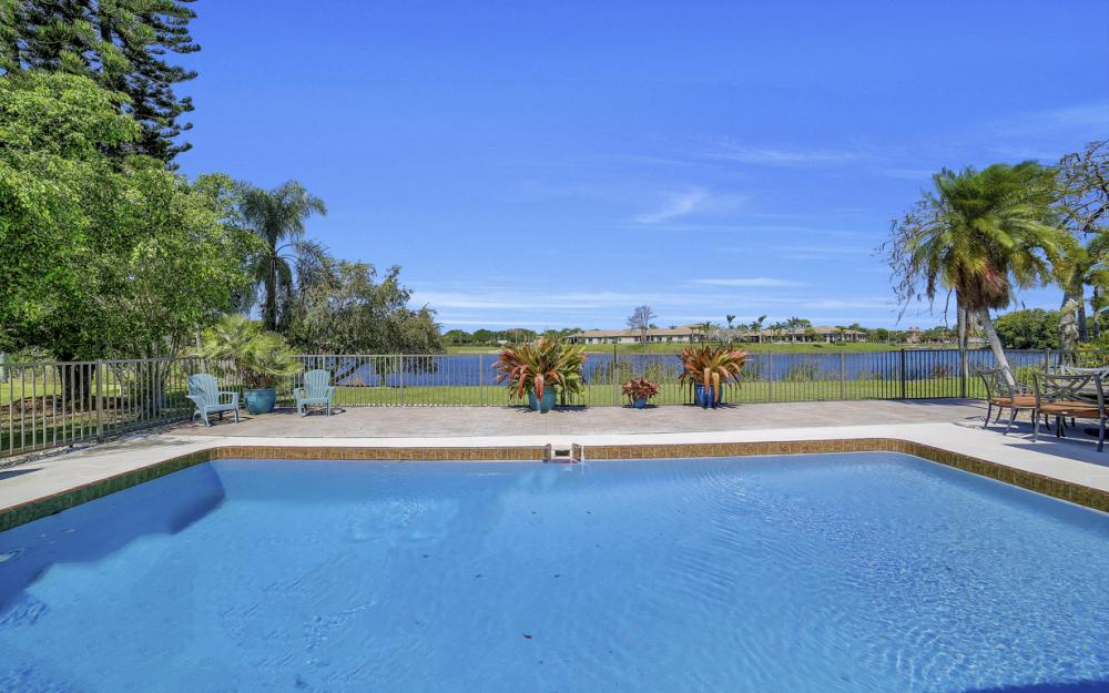 27141 Edenbridge Ct, Bonita Springs - Home For Sale 143686947