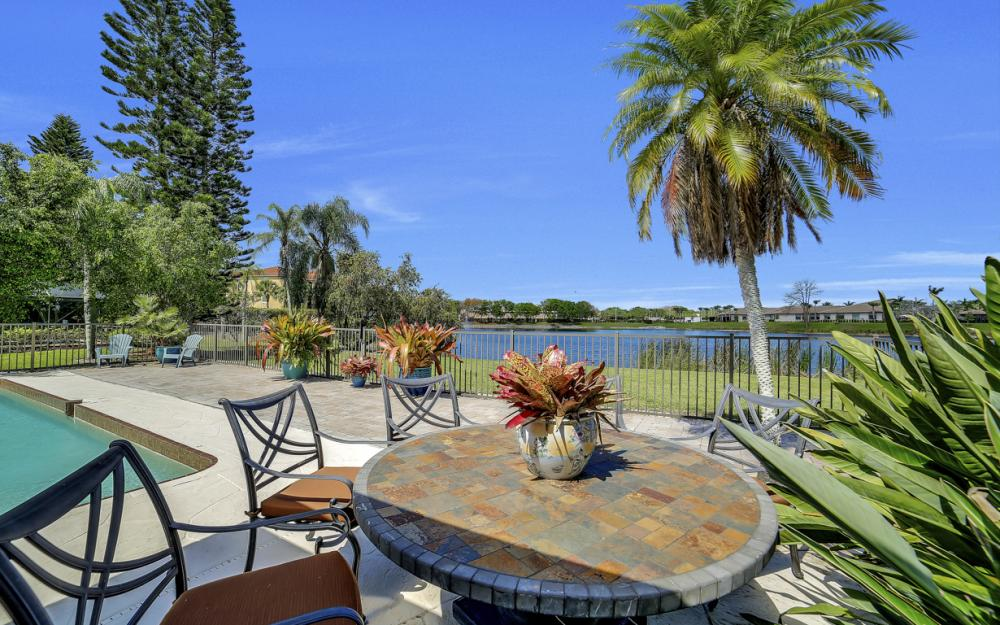 27141 Edenbridge Ct, Bonita Springs - Home For Sale 242949268
