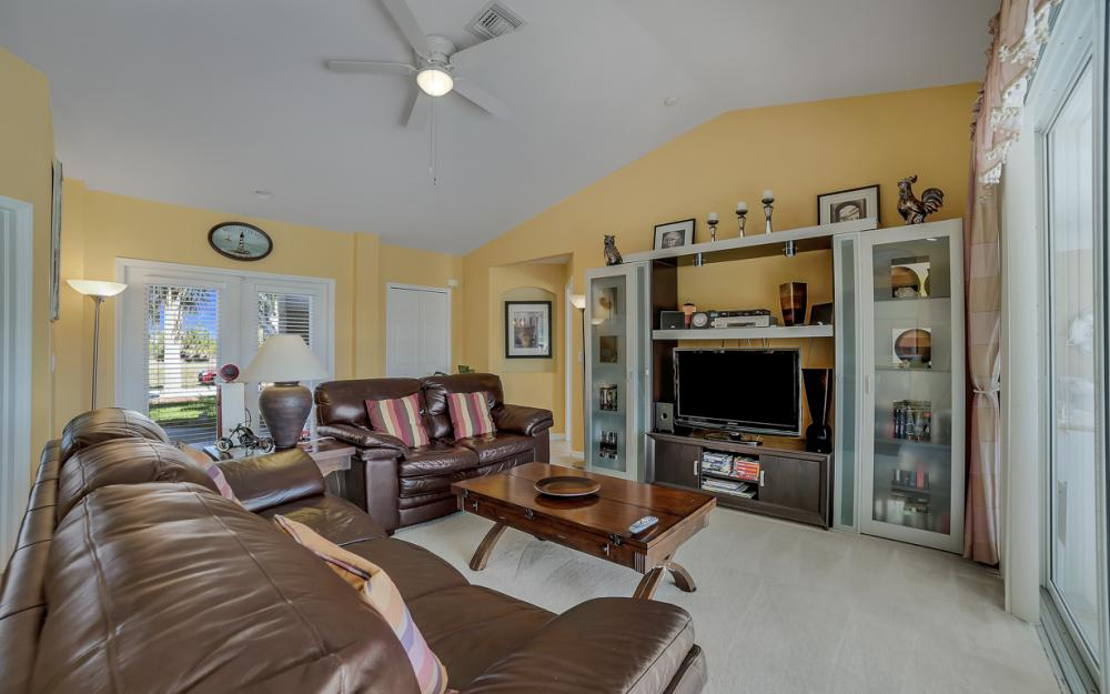 2524 SW 25th Pl, Cape Coral - Home For Sale 1053729388