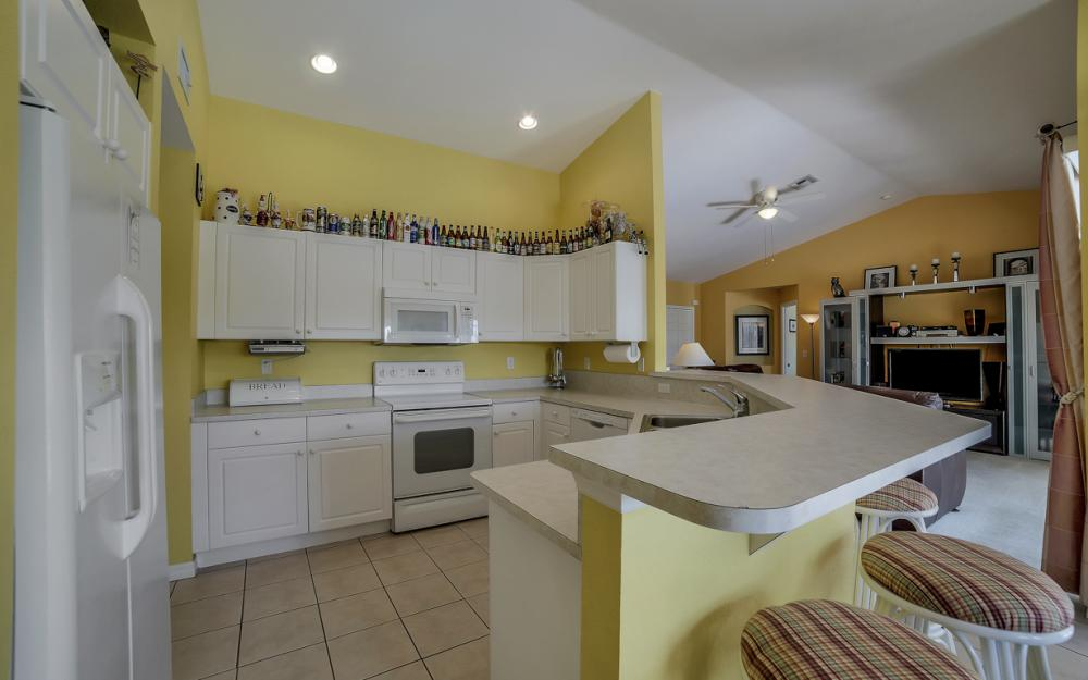 2524 SW 25th Pl, Cape Coral - Home For Sale 1162741857