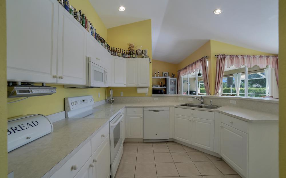 2524 SW 25th Pl, Cape Coral - Home For Sale 404820951