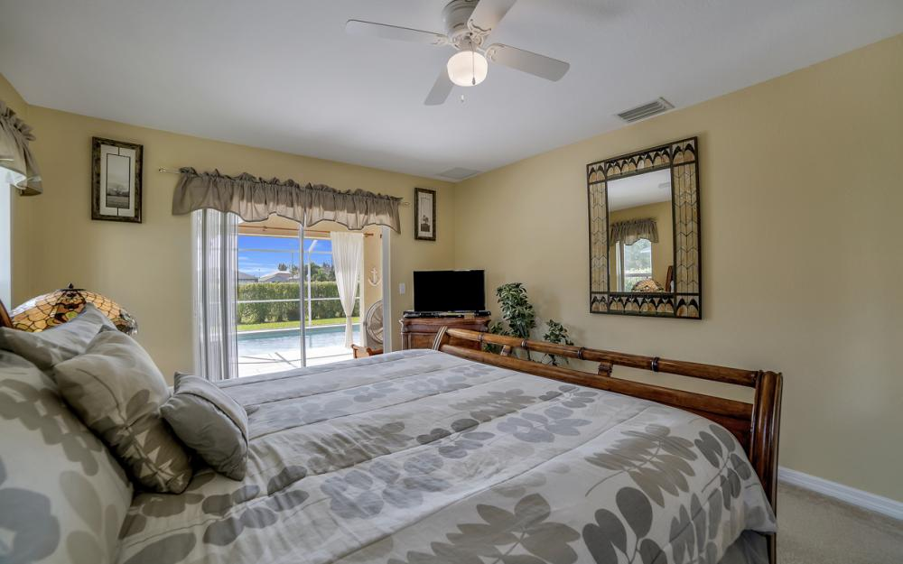 2524 SW 25th Pl, Cape Coral - Home For Sale 1419987938