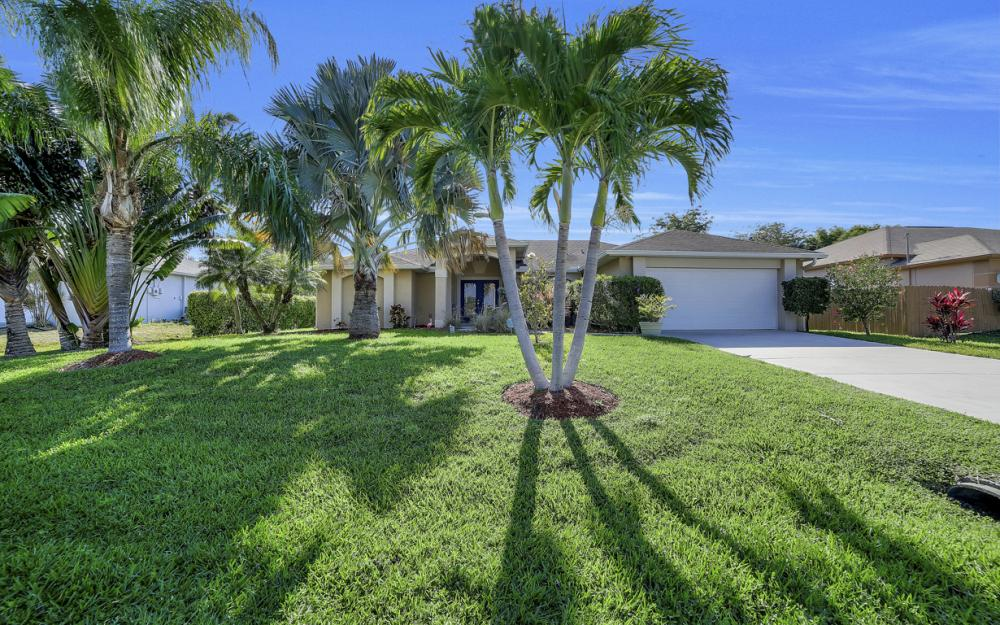 2524 SW 25th Pl, Cape Coral - Home For Sale 2121923345