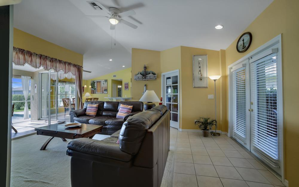 2524 SW 25th Pl, Cape Coral - Home For Sale 1036616809
