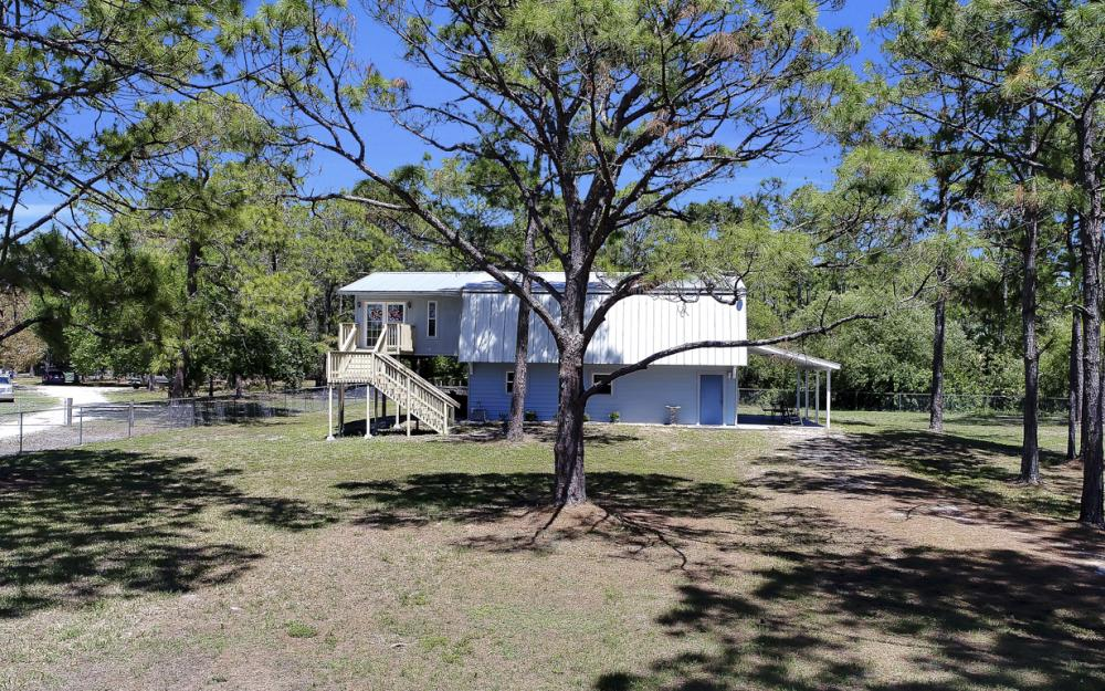 19150 Gottarde Rd, North Fort Myers - Home For Sale 1001769543