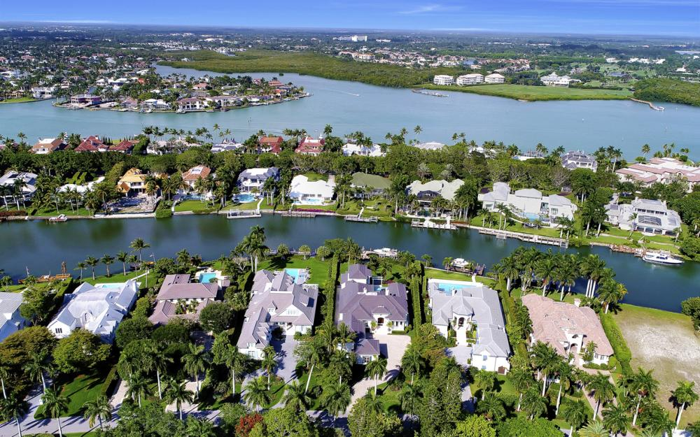 1203 Spyglass Ln, Naples - Luxury Gulf Access Home For Sale 394299984