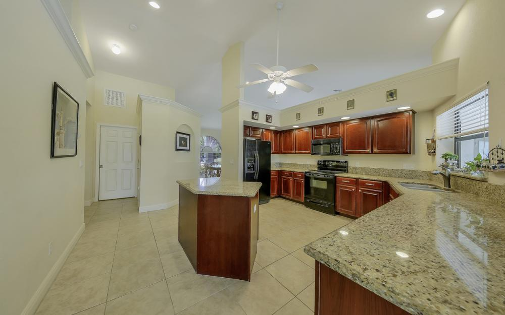 411 NE 5th Terrace, Cape Coral - Home For Sale 1218332467